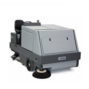Nilfisk CR1500 Combined Sweeper / Scrubber Dryer (LPG/Diesel)