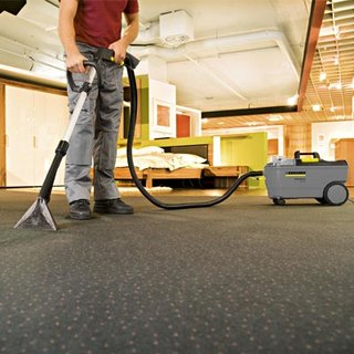 Karcher Domestic Carpet Cleaner